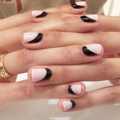 Black Accent Nail