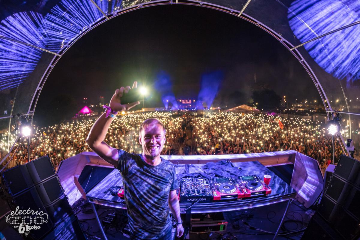 Armin Van Buuren EZoo