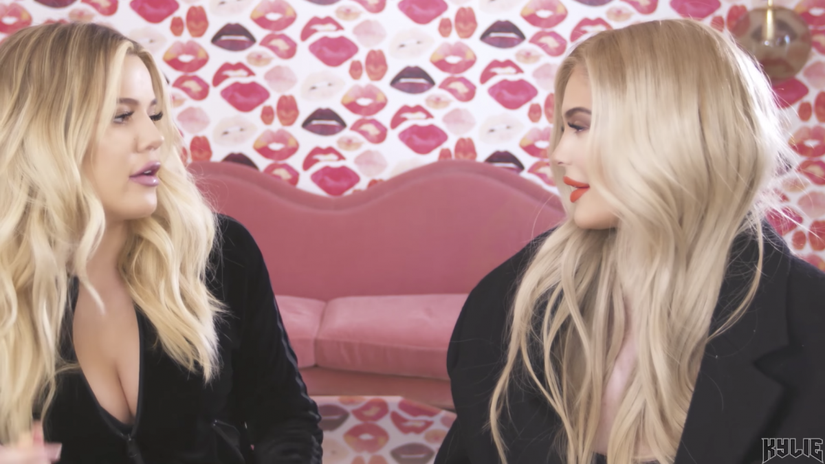 Are Kylie Jenner & Khloé Kardashian Hiding Their Baby Bumps In This ...
