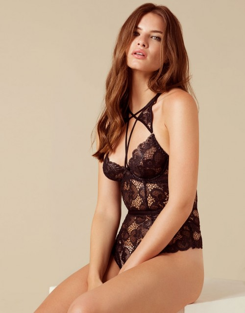 c289090eb830f Ridiculously Hot Lingerie That Will Make You Feel Like A Victoria s ...