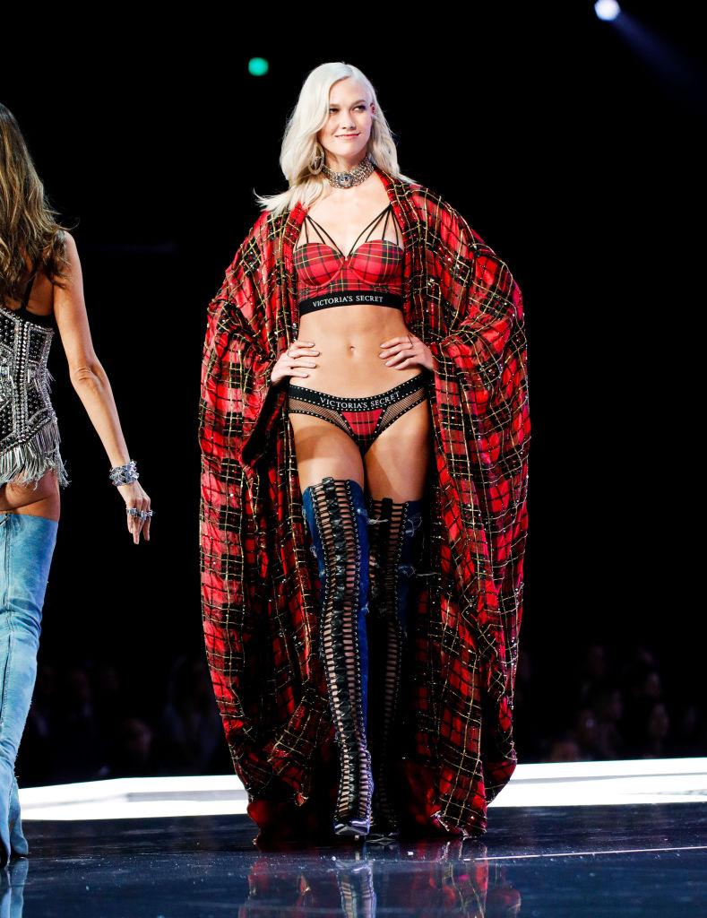 Karlie Kloss VS Fashion Shoq