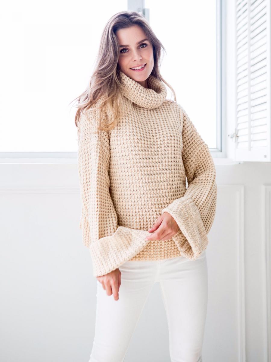 Goodnight Macaron Retta Ribbed Turtleneck Sweater